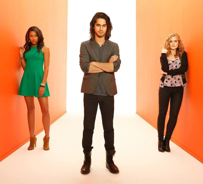 Twisted - Danny, Jo et Lacey (3)