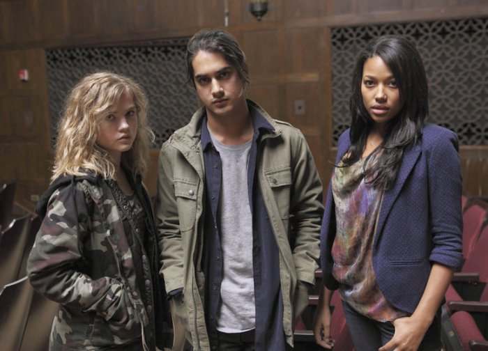 Twisted - Danny, Jo et Lacey (4)